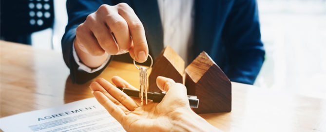 What should I look for in a real estate attorney